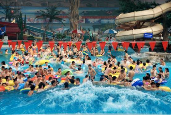 经过16年的成功运营,天山海世界已经发展成为集戏水,餐饮,教育,休闲